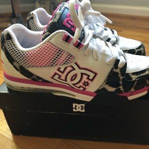 DC Versatile Leopard/Pink Limited Edition